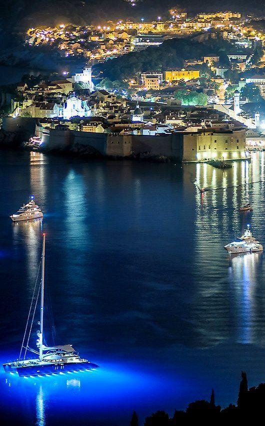 Dubrovnik, Croatia | Flickr - Photo by fjaka