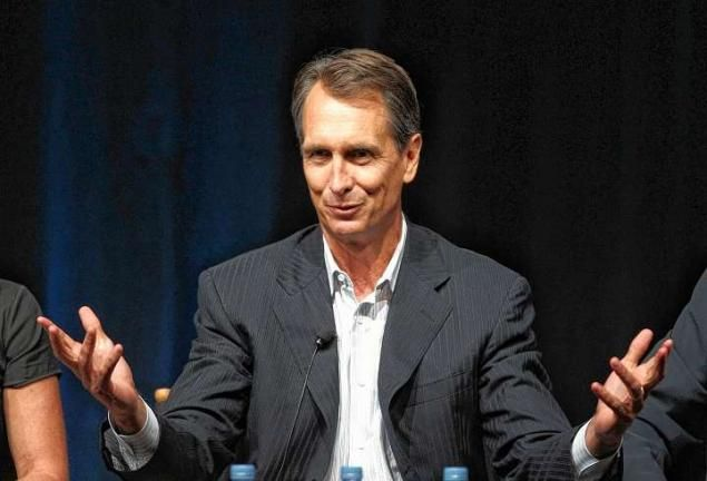 Cris Collinsworth Says Players Sign With Patriots & Their Problems Disappear (Video) | Robert Littal Presents BlackSportsOnline
