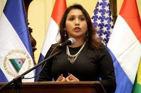 NACIONAL. Por dos votos de diferencia Ana María Solórzano ganó la presidencia del Congreso http://hbanoticias.com/11024
