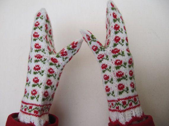 Gloves hand knitted wool mittens latvian mittens by Baibaart