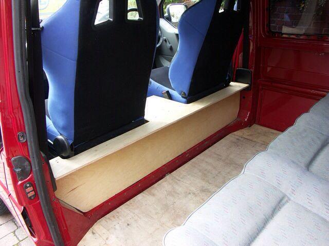 Storage under front seats