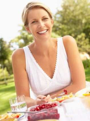 How To Train Your Brain To Eat Less - Woman And Home