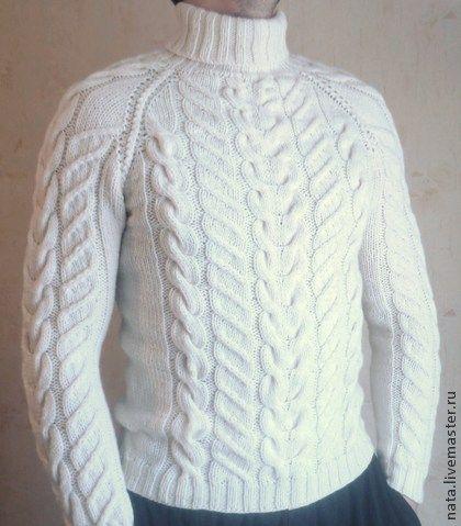 Свитер мужской ручная работа - белый,свитер вязаный,свитер спицами,свитер с косами