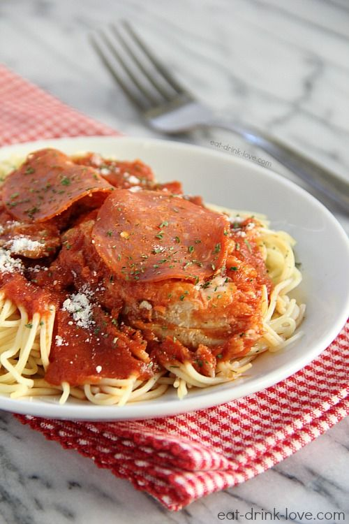 Chicken Pepperoni Marinara - An easy and light chicken dish that's just like pizza with less fat and calories!