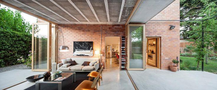 Villa unifamiliare in una zona residenziale fuori Barcellona - Living Corriere