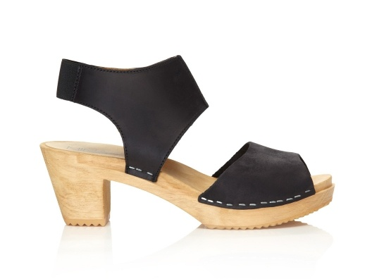 Clog Sandals from Kim France on OpenSky: Wood Art, Pretty Shoes, Clogs Sandals, Swedish Sandals, Swedish Clogs, Shoes レ, Fashion Looks, Fashion Styl, Hot Clogs