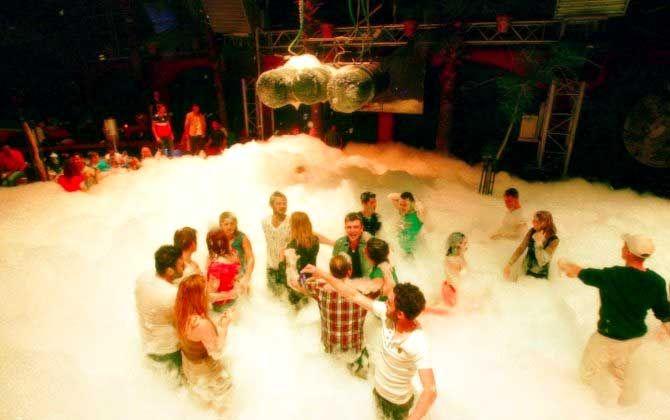Marmaris'in en iyi 3 gece mekanında eğlenin! http://www.tatiluzmani.tv/marmarisin-en-iyi-3-gece-mekaninda-eglenin/