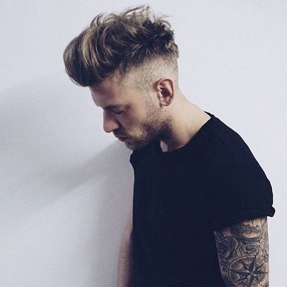 Undercut messy hairstyle look for men