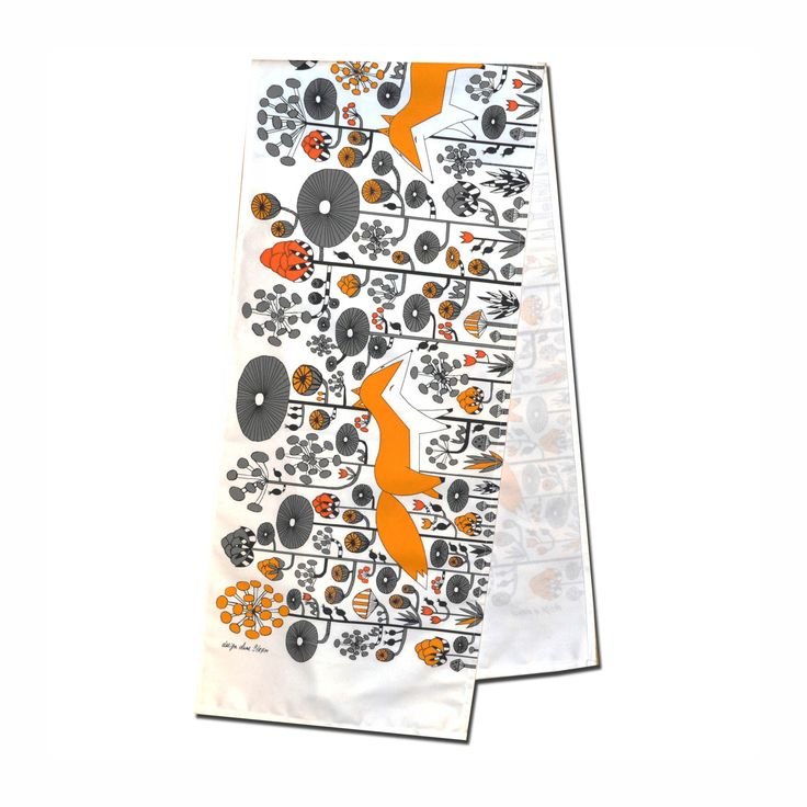 Modern retro design table runner by Anna Strom Fabelskog Kind foxes Scandinavian style www.fabelskog.no