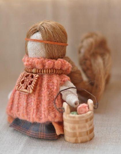"""Народные куклы ручной работы. Ярмарка Мастеров - ручная работа Куколка на счастье """"...клубочек"""". Продана.. Handmade."""