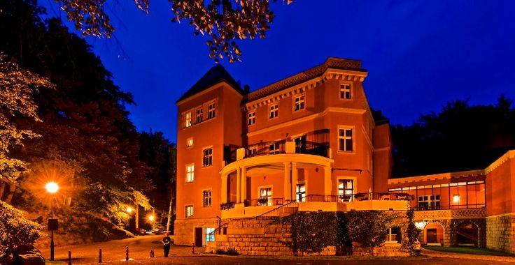 Prachtvoll:  Das Schloss Paulinum in Jelenia Góra ist im Neurenaissancestil...