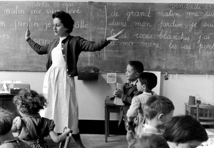 Robert Doisneau, La Libellule, École de la rue de Verneuil, Paris, 25 mai 1956