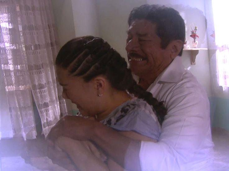 Chelo (Gaby Zamora) esconde un pasado difícil de borrar. Pues Rutilio, el padre de Beto (Luis Fernando Peña), resultó ser el hombre que hace algunos años intentó abusar de ella, dejándola afectada psicológicamente y de manera muy grave.  Por lo que con miedo y desesperación, Chelo trata de escapar nuevamente de él. Pero esta... Ver artículo