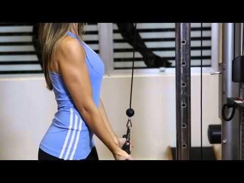Tríceps na Roldana (Pegada Invertida)
