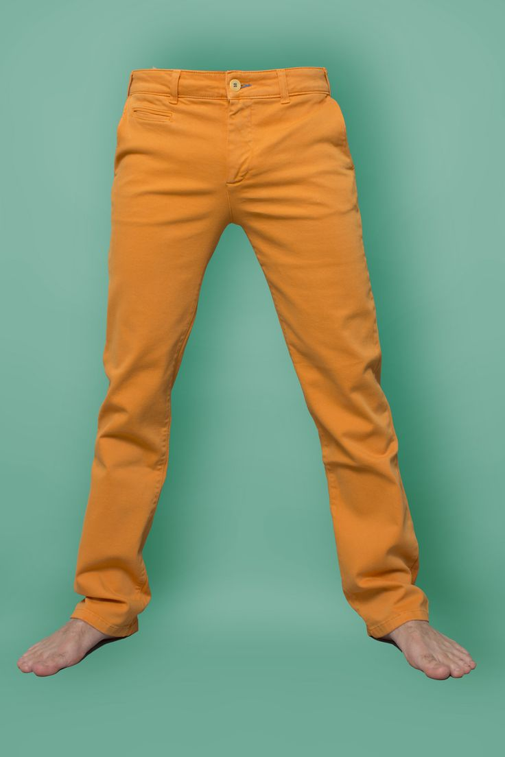 Perché andare a vedere #50sfumaturedigrigio quando puoi fare un salto da Jeans Age ad ammirare mille colori più vivaci? http://bit.ly/1u0IHku