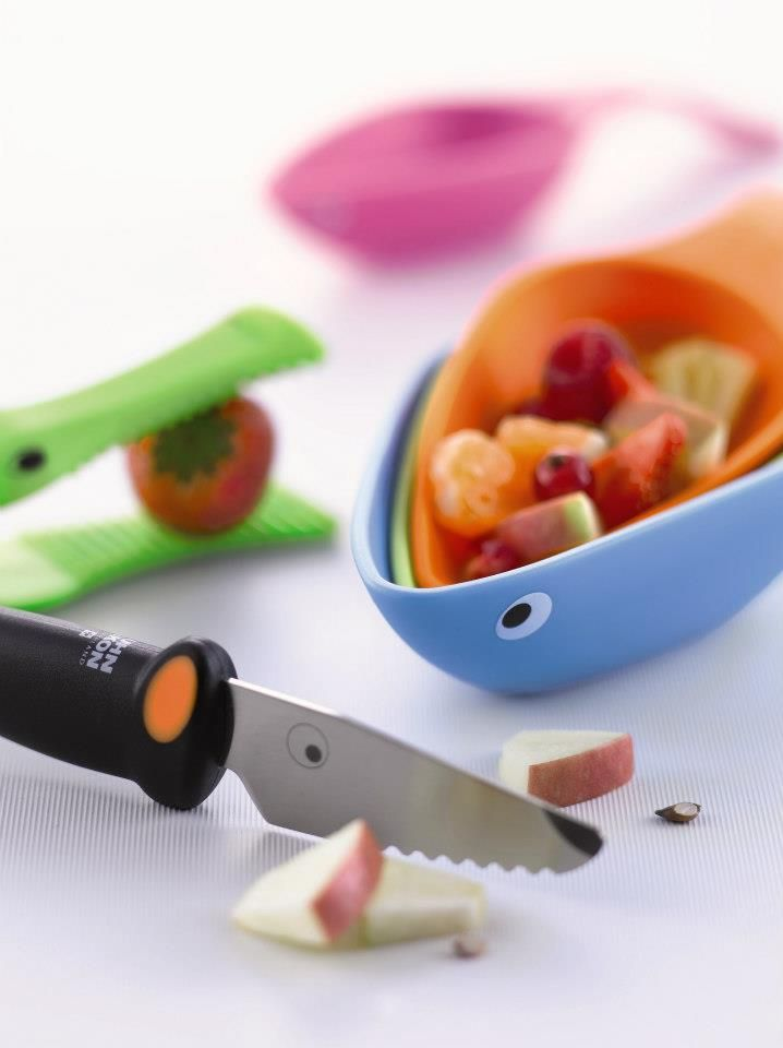 Kinderkitchen® tools are designed specifically for kids with function, safety and fun the priorities.    1. Mouse Measuring Cups $37.50  2. Dog Knife with Teeth $27.90  3. Crocodile Jaws $15.00  Sold at all Metro Woodlands Departmental Stores. Visit www.metro.com.sg for more information or LIKE our Facebook page at www.facebook.com/metrosingaporeKinderkitchen Spatul, Rikon スイス, Dogs Knife, Rikon Kitchens, Nice Things, Kuhn Rikon, Knife Sets, Knives, Oiseau Kuhn