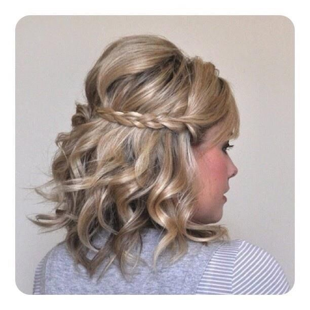 Great hairdo for short hair!!!