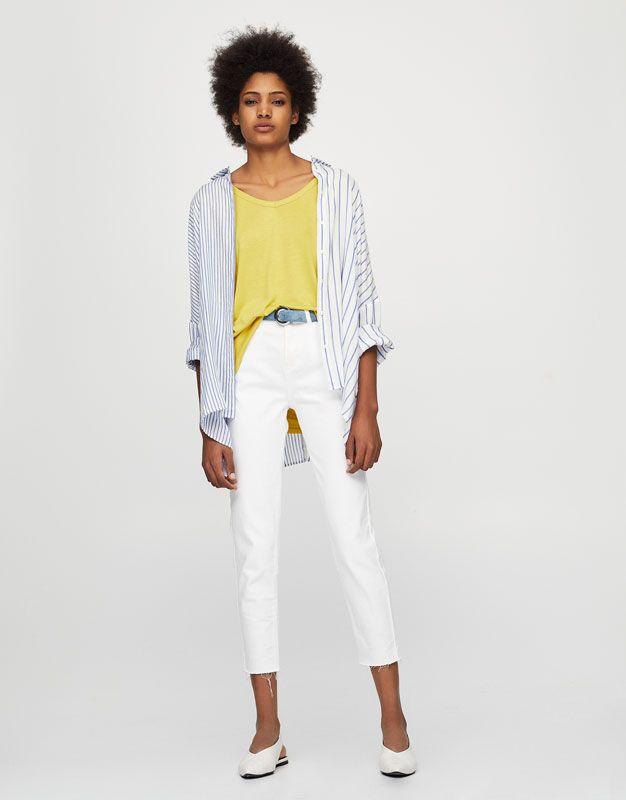 Pull&Bear - woman - clothing - t-shirts - basic v-neck t-shirt - curry yellow - 05236309-V2017