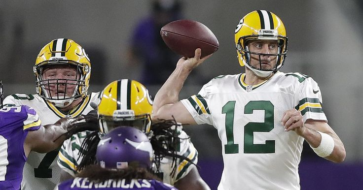 Erratic Aaron Rodgers far from MVP form