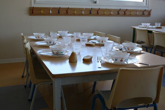 A Glimpse Into a School Lunchroom in France