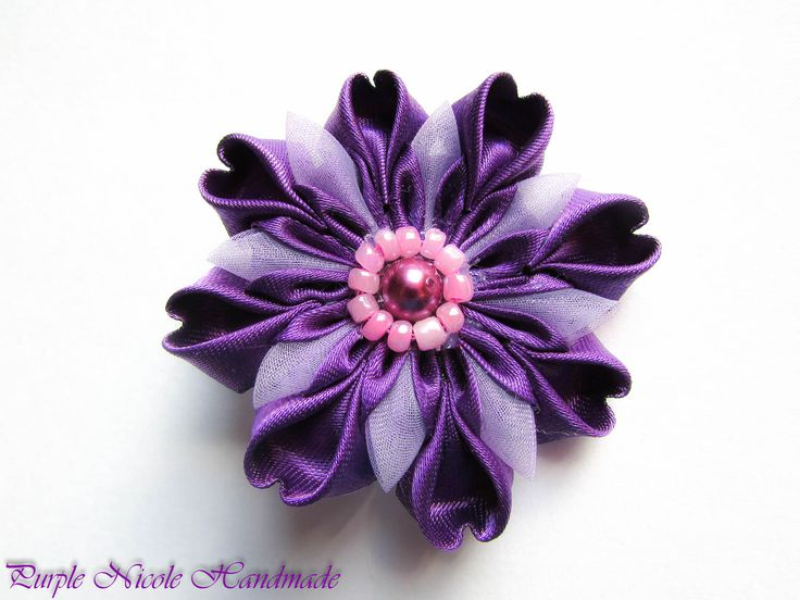 Purpuria - Handmade Hair Clip by Purple Nicole (Nicole Cea Mov). Materials: handmade kanzashi flower.