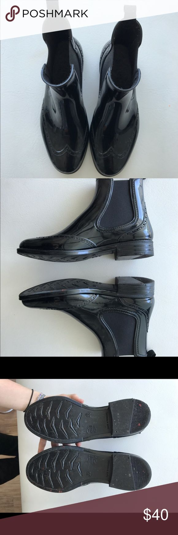 Barneys NY patent chelsea rain boot *CLEAR WORN* Easily wiped down/cleaned. Size US 6/EU 36 but fits a US 6.5/EU 37. Very useful for rainy weather! Barneys New York Shoes Winter & Rain Boots
