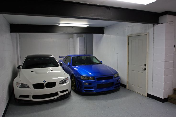 Bmw M3 E92 Amp Nissan Skyline Gt R R34 Dream Garage Bmw