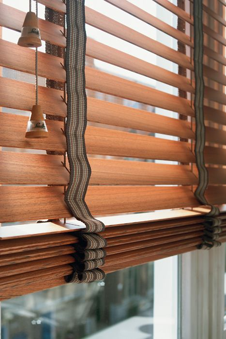 Decorative Wooden Blinds : Wooden blinds with decorative tapes decor window