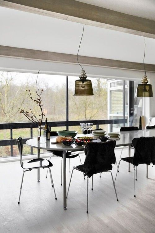 Beautiful Dining Room Idea With Grey Table, Modern Chairs And Light Floor