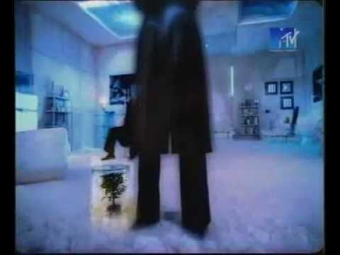 Алла Пугачёва - Свеча горела на столе