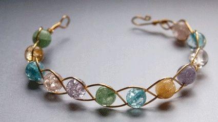 Armband aus Draht und Perlen - einfach und schön