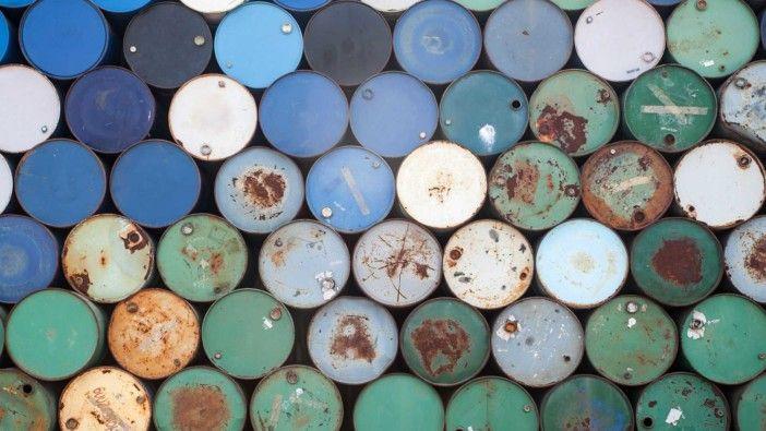 Preço do barril de petróleo Brent abre em baixa a valer 53,71 dólares https://angorussia.com/economia/negocios/preco-do-barril-petroleo-brent-abre-baixa-valer-5371-dolares/