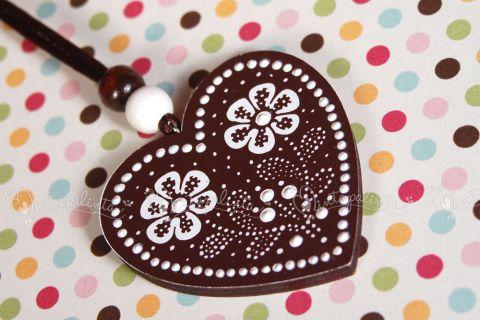 Mintapalinta POP csokoládébarna, virágos szív nyaklánc , Magyar motívumokkal, Ékszer, óra, Nyaklánc, Medál, Csokoládébarna színű, szív alakú...