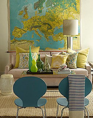 love maps.: Color Palettes, Living Rooms, Livingrooms, Wall Maps, Color Combos, Color Schemes, Chairs, Vintage Maps, World Maps