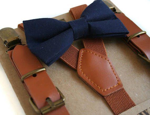 Marine Fliege und Leder Hosenträger Ring Träger Outfit