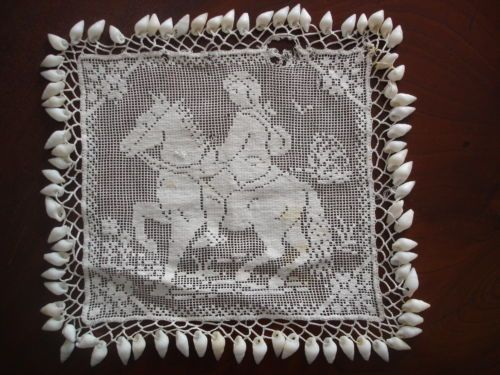 [ebay] ANTIQUE VINTAGE BEADED JUG COVER WHITE LACE GIRL RIDING HORSE SEA SHELL EDGING