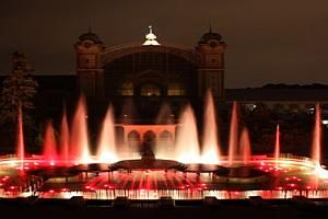 Krizik`s Musical Fountain, dating back to 1891. The fountain off course has changed since those early days, with 1300 multicoloured reflectors and more than 2 kilometres of pipe work and 3000 nozzles and 49 pumps producing the magical light show you will see. There is an amphitheatre close to the fountain adding to the atmosphere along with classical music, pop music and original Czech performers. The Musical Light Fountain is regarded as amongst the best in Europe recommended to visit