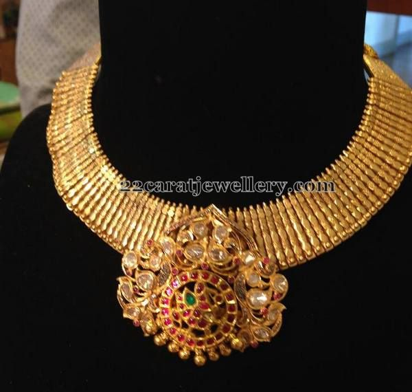Broad Gold Necklace by Meera Diamonds | Jewellery Designs