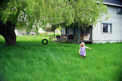 Безопасность ребенка на даче