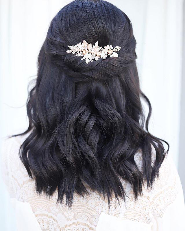 46 Einfache Frisuren Halboffen Fur Gelegenheitsarbeiter Course Hair Floral Wedding Hair Hair Comb Wedding