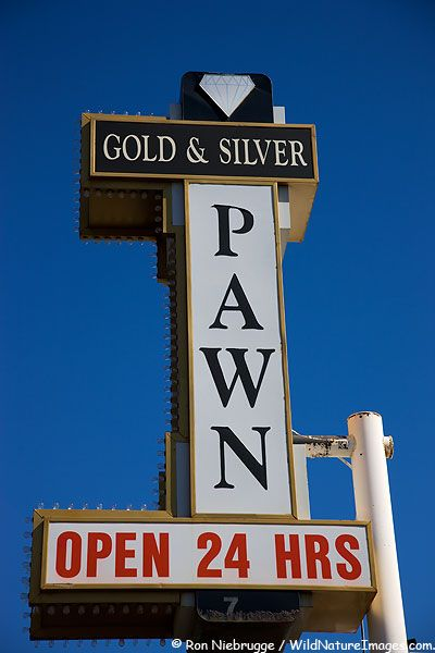 Pawn Shop from the History Channel show Pawn Stars, Las Vegas, Nevada Pawn stars, Pawnshops, Loansrus http://www.nyc-pawnshops.com/
