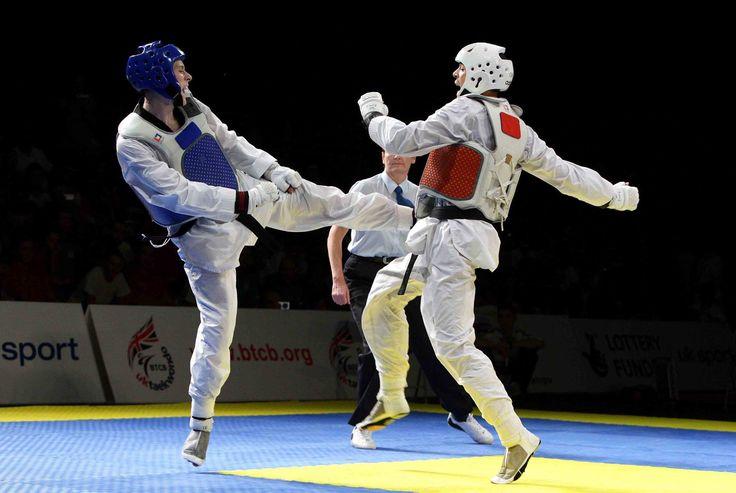 Il taekwondo, arte marziale coreana nata fra gli anni '50 e '60 del XIX secolo e basato sull'uso di tecniche di calcio, ha come fondamento l'etica, la morale e le norme spirituali attraverso le quali gli uomini possono vivere insieme senza litigare.