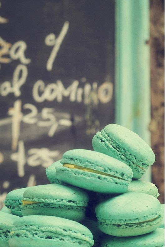 turquoise macaroons