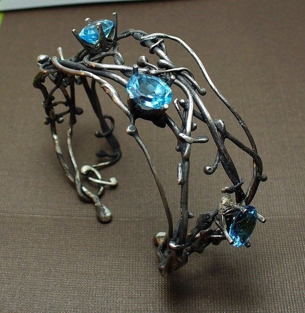 Lunasa Designs - Silver Wire Cuff Bracelet With Blue Stones Or Gemstones