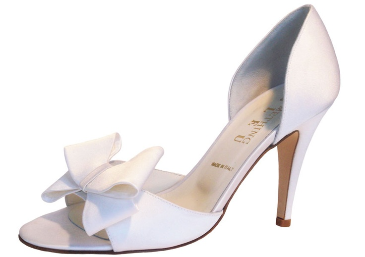 Cassidy by Something Bleu  8.cm. Sizes 5-42. Dyeable silk.