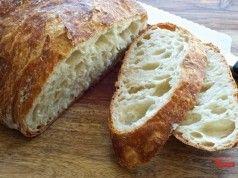 Toto je nejjednodušší recept na domácí chléb, který máte hotový za méně než 30 minut