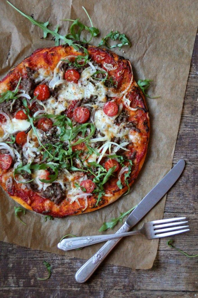 Pizza med karbonadedeig