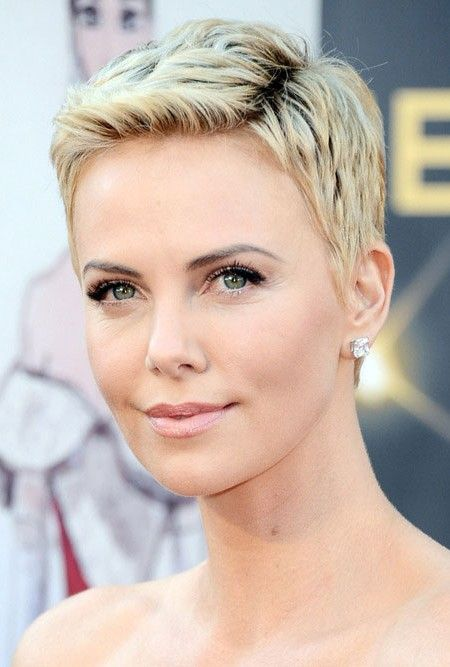 Charlize Theron Pixie Hairstyle Kurze Frisuren Coupe