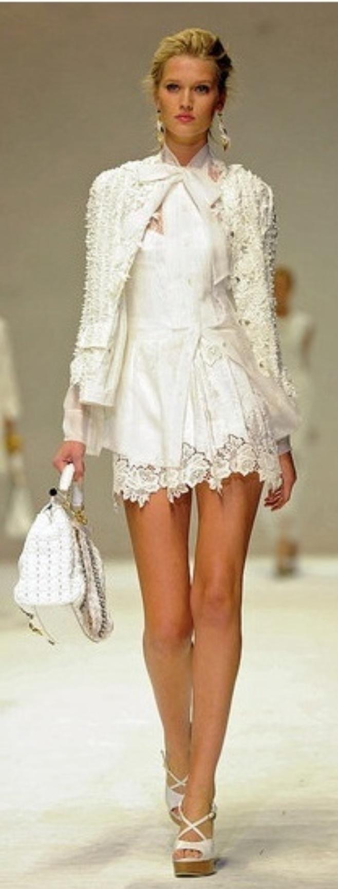Dolce  Gabana. Love the jacket ( VIP Fashion Australia www.vipfashionaustralia.com - international clothes shop )