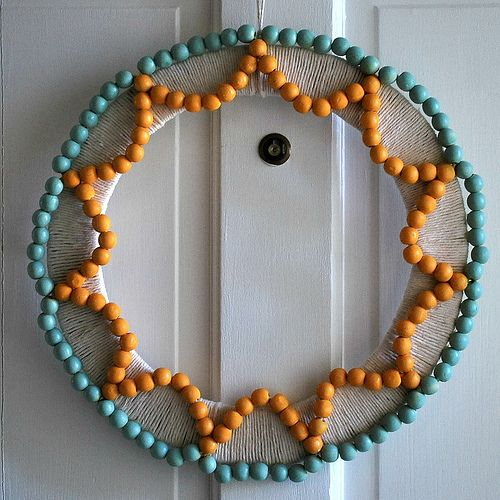 wooden bead wreath #DIY: Christmas Diy, Gifts Ideas, Beads Summer, Diy Wreaths, Summer Wreaths, Crafts Tutorials, Fun Crafts, Beads Wreaths, Wooden Beads